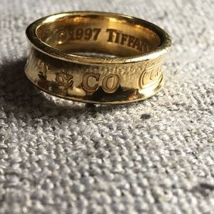 Authentic gold Tiffany&Co band ring size 5